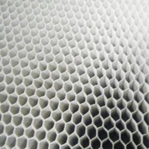 蜂窝纸芯拉伸后